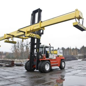 Heavy Lift - fork truck for plate