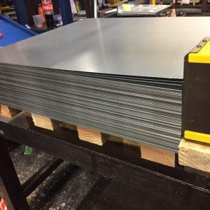 sheet fanner